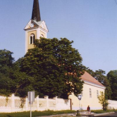 Péceli Református templom